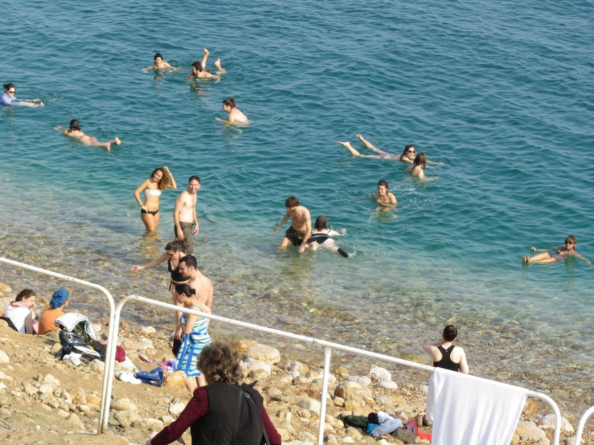 Zwemmen in de Dode Zee