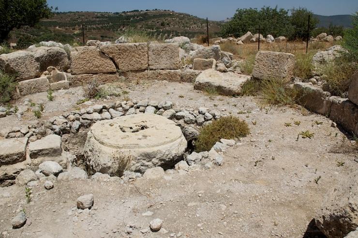 De overblijfselen van een heiligdom dat men bouwde ter ere van Stefanus en later veranderde in een wijnpers. Foto: © Alfred Muller.