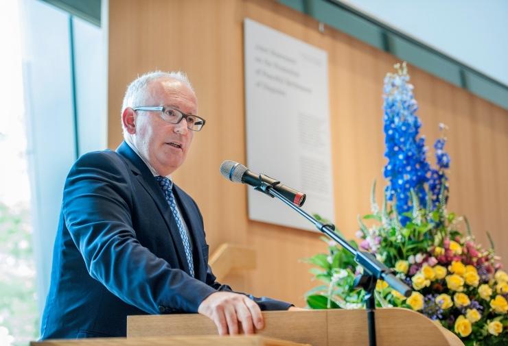 Minister Frans Timmermans eerder dit jaar op een conferentie in het vredespaleis. Foto: Ministerie van Buitenlandse Zaken op Flickr.