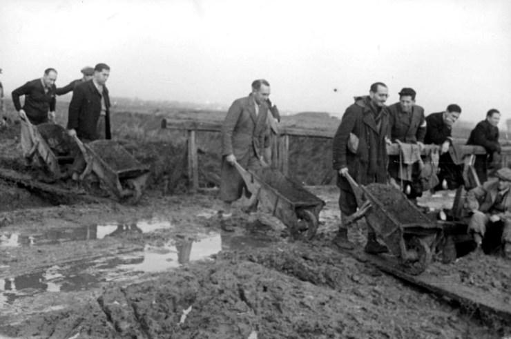 Slavenarbeid tijdens de Tweede Wereldoorlog is een vergeten hoofdstuk in de geschiedenis. Foto: Yad Vashem