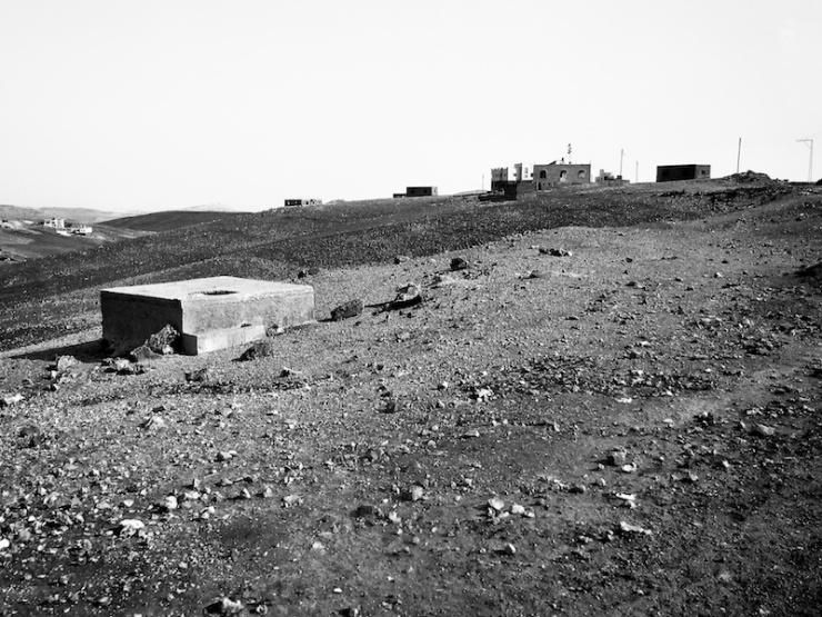 In grote delen van de Westoever hebben Palestijnen geen recht om te bouwen. Foto: © Alfred Muller