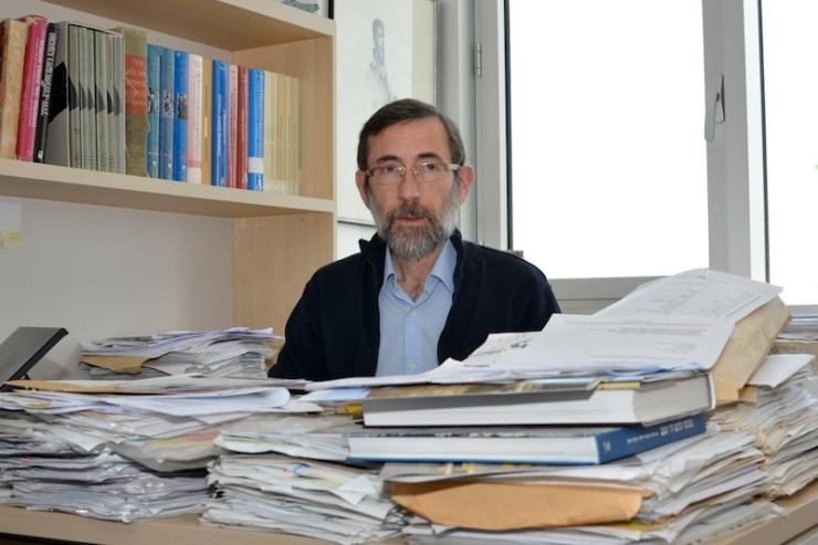 Dr. Alexander Avram, directeur van de Hal van Namen en de Centrale Databank van de Namen. Foto: © Alfred Muller