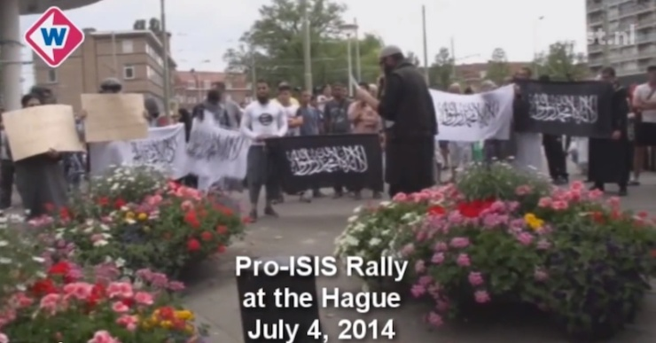 Pro-ISIS demonstratie on Den Haag. Foto: You Tube.