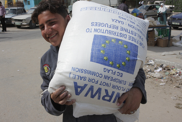Foto: de EU geeft hulp aan Palestijnse vluchtelingen. Foto:The European Commission Humanitarian Aid and Civil Protection department (ECHO).