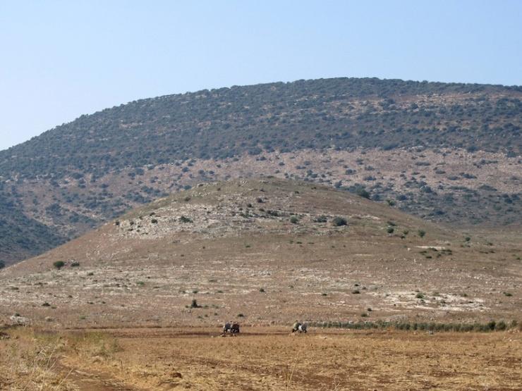 Gezicht op Khirbet Qana.
