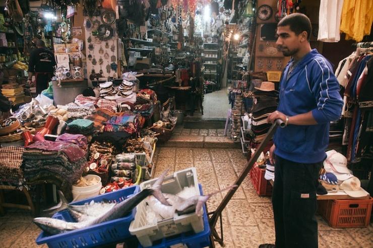 Op de Arabische markt van Akko. Foto: © Alfred Muller