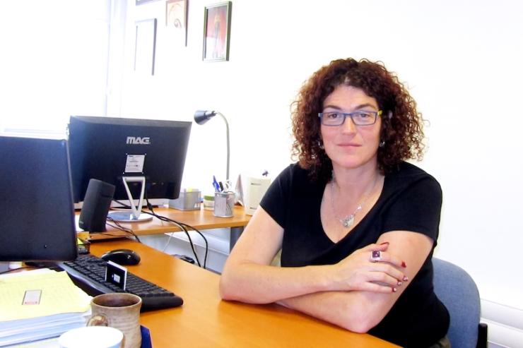 JERUZALEM - Hana Bendcowsky, programmadirecteur bij het Jeruzalem Centrum voor Joods-Christelijke Relaties JCJR) Foto: © Alfred Muller