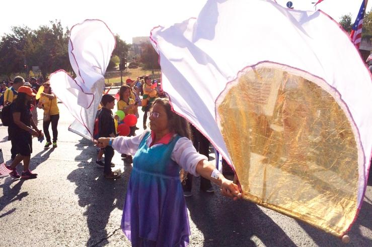 Christenen tijdens de mars door Jeruzalem tijdens het Loofhuttenfeest.