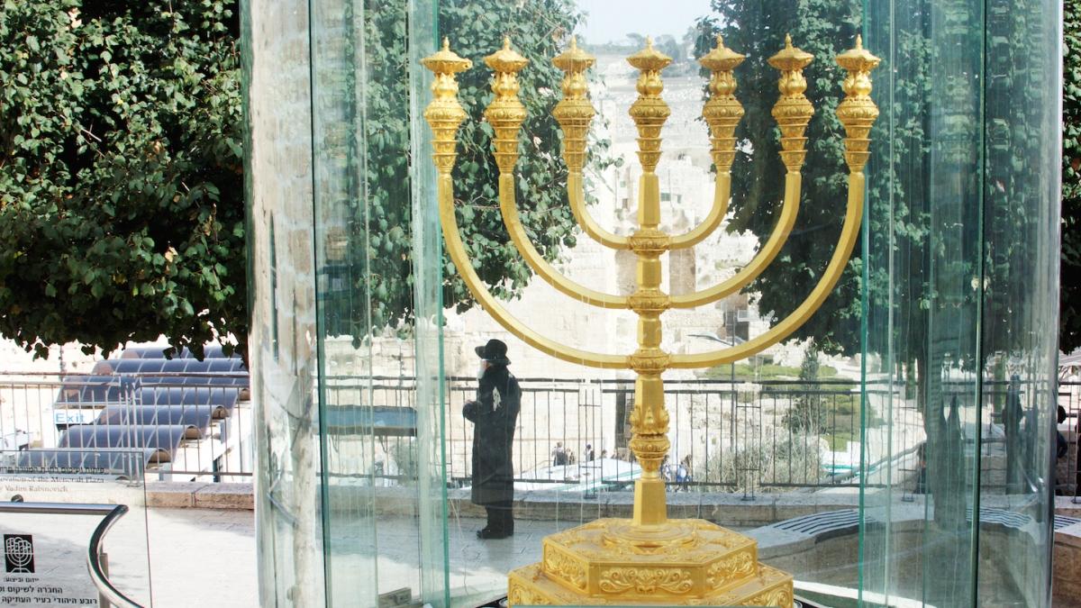 Stapje voor stapje naar de Derde Tempel