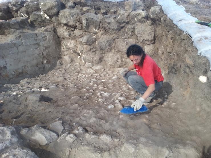 צילום-משלחת החפירות לחורבת אל-רעי (3)