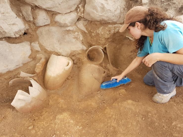 צילום-משלחת החפירות לחורבת אל-רעי (8)